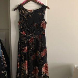 Betsy Johnson Midi Floral Dress